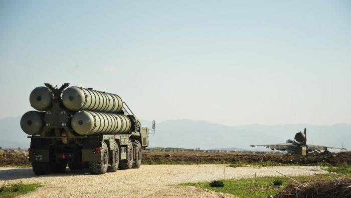 Turquía explica por qué decidió comprar los sistemas antiaéreos rusos S-400