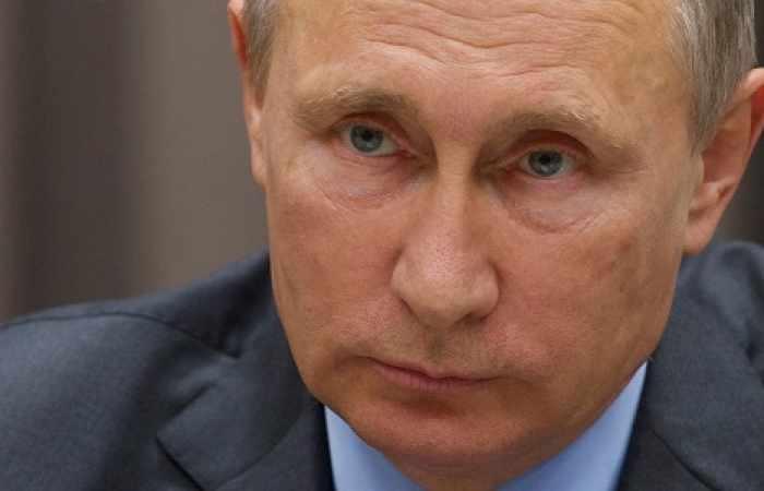 Poutine apporte son soutien à Maduro
