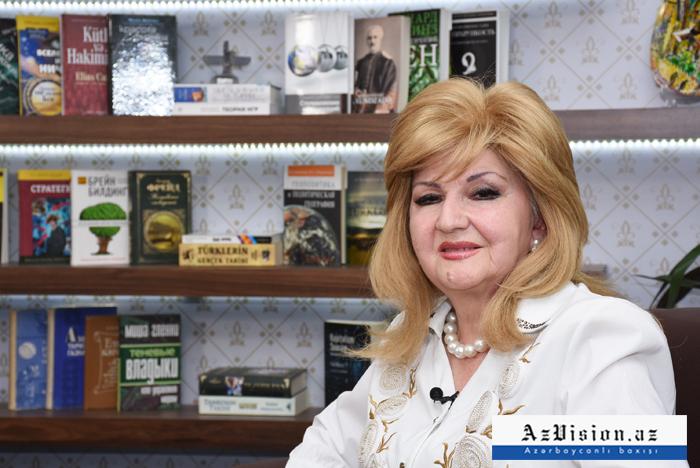 """""""Məni görmək üçün """"lopatka"""" ilə konsertə gəlirdilər"""" - MÜSAHİBƏ (VİDEO)"""