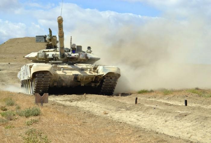"""Şoyqunun təltif etdiyi Azərbaycanın """"tank snayperi"""" - FOTO"""