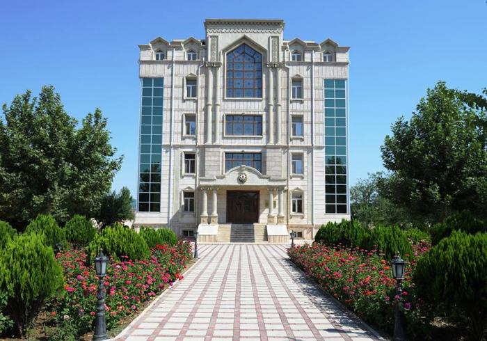 Vasif Talıbovun yaratdığı yeni şuranın üzvləri - SİYAHI