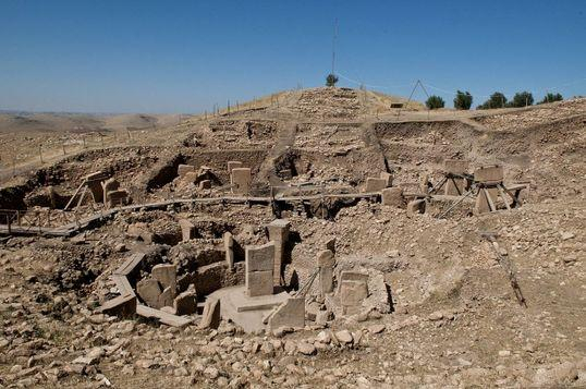 Egypt uncovers intact 4,400-year-old pharaonic tomb near Giza pyramids