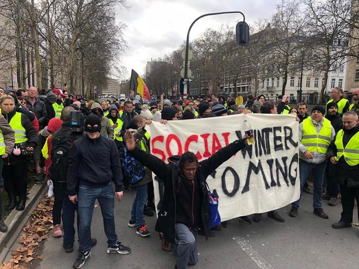 Belçikada yüzlərlə insan etiraza qalxdı - FOTO