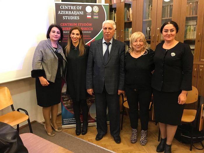 Tarix İnstitutu Avropada Azərbaycan həqiqətlərini yayır