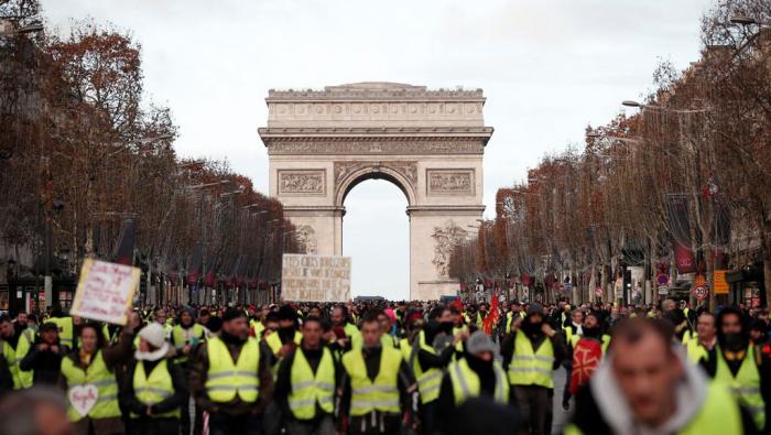"""France : les entreprises paieront pour les """"Gilets jaunes"""""""