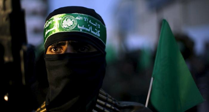 """Hamás dice que Abbas   """"ha perdido su legitimidad""""   por su decisión de disolver el Parlamento de Palestina"""