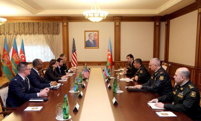Azərbaycan-ABŞ hərbi əməkdaşlığı müzakirə edildi