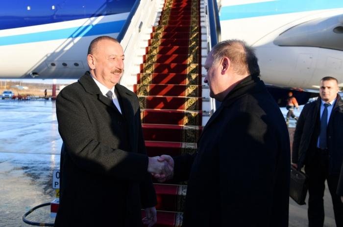 Presidente se fue a la Federación de Rusia de una visita de trabajo