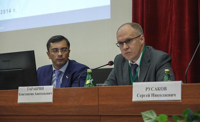 Unedélégation duMinistère russe de l'Industrie et du Commerce est en visiteà Bakou
