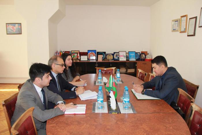 Turkmenistan eyes to open trade house in Azerbaijan