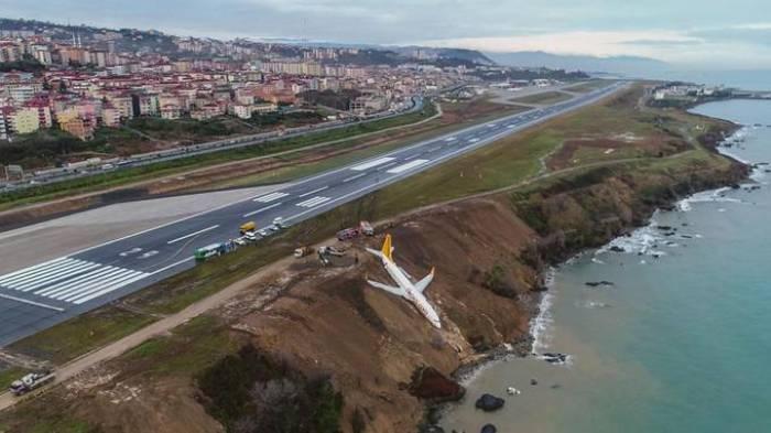 Turquie: un avion rate son atterrissage