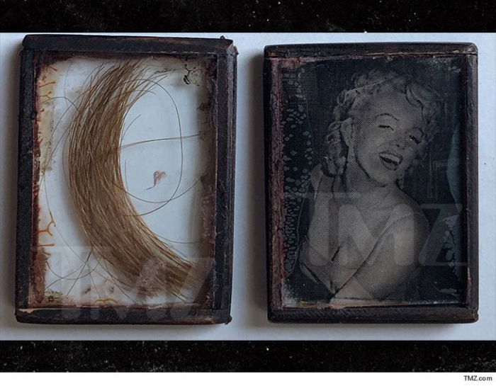 Une mèche de cheveux de Marilyn Monroe en vente pour 14.500 euros