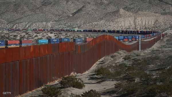 """بالأرقام.. المزيد من الأميركيين يؤيدون بناء """"جدار ترامب"""""""