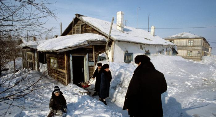 انهيارات ثلجية تجرف كل ما هو حي... كارثة الثلوج في أوروبا (فيديو)