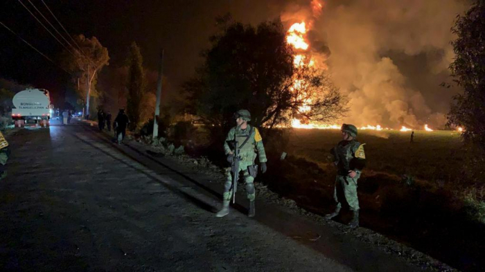 73 قتيلا على الأقل جراء حريق أنبوب نفط في المكسيك