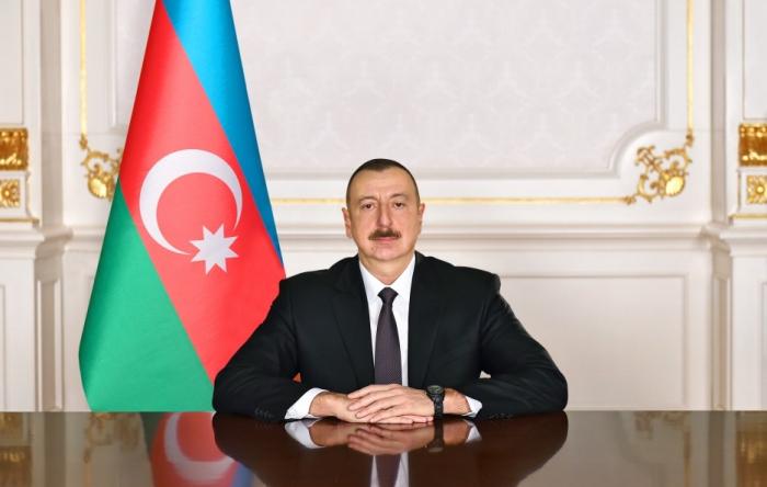 """Präsident Ilham Aliyev hat 2019 in Aserbaidschan zum """"Nasimi-Jahr"""" erklärt"""