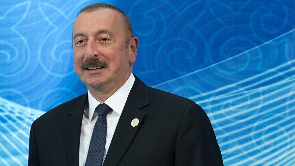 """""""Rusiyadan yeni silahların tədarükündə maraqlıyıq"""" - Prezident"""
