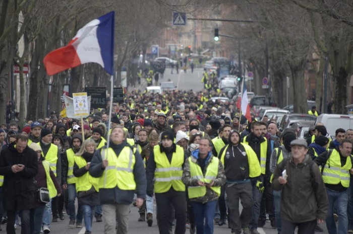 Over 1,000 people sentenced in France over yellow vest protests