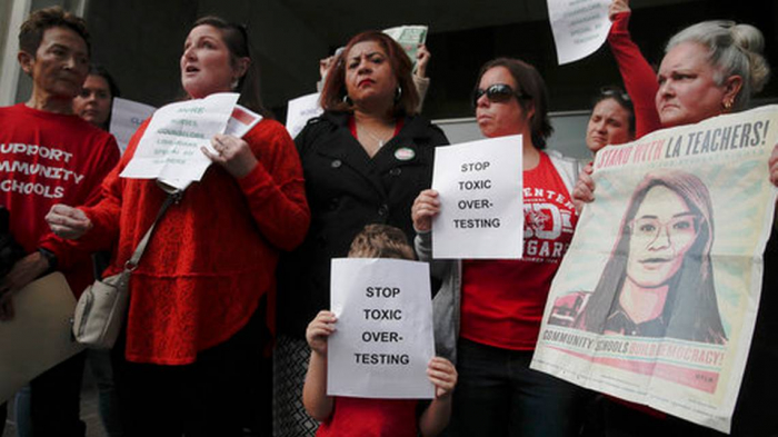 Los Angeles teachers to strike for first time in 3 decades