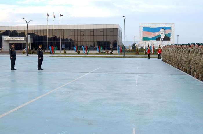 Eine Gruppe aserbaidschanischer Friedenstruppen aus Afghanistan heimgekehrt
