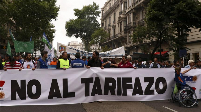 Thousands of Argentinians protest utility price hikes