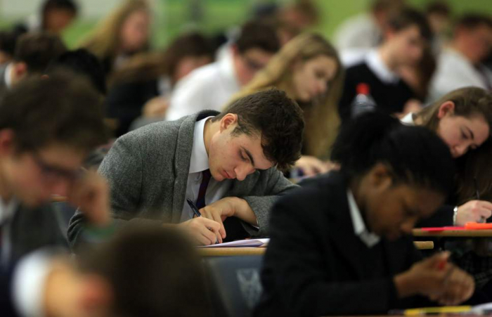 Anxiety 'causes students to take phones into exams'