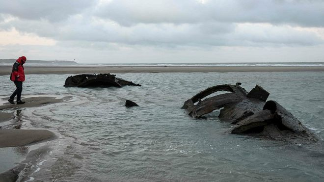 German WW1 submarine emerges off French coast