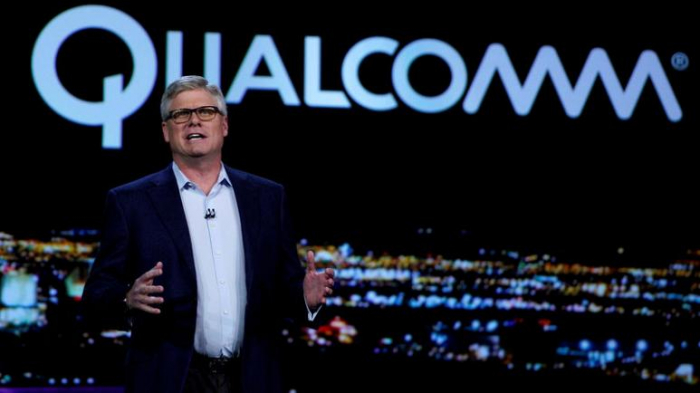 Apple demanded $1 billion for chance to win iPhone - Qualcomm CEO