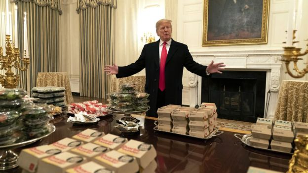 Trump orders '300 burgers' to White House amid shutdown