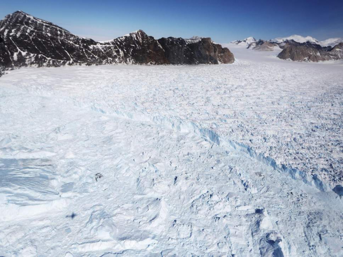 Antarctic losing 500% more ice a year than in 80s, Nasa study says