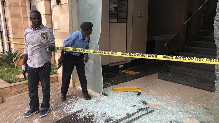 5 killed as al-Shabaab militants attack hotel in Kenya