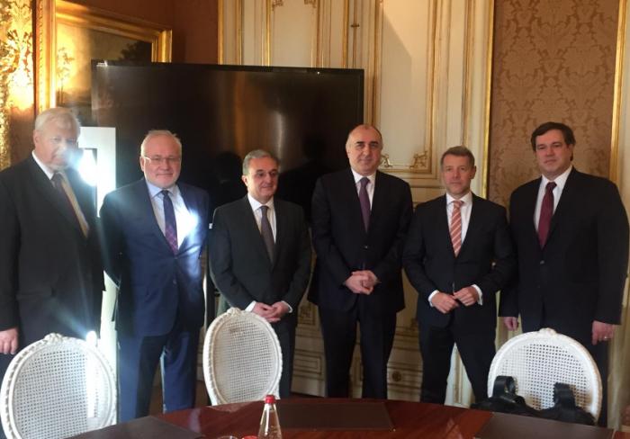 Treffen der aserbaidschanischen und armenischen Außenminister in Paris