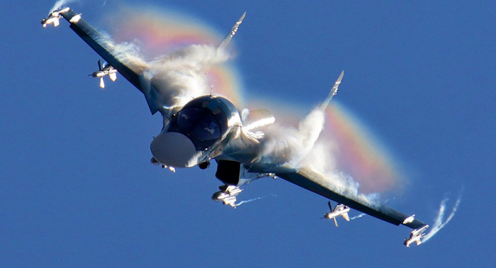 Zwei russische Jagdbomber abgestürzt - Suche nach Piloten