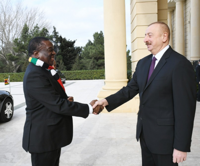 Azərbaycan və Zimbabve prezidentləri görüşdü