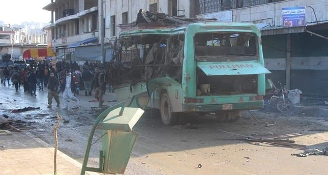 Bomb blast kills at least 4 in Syria