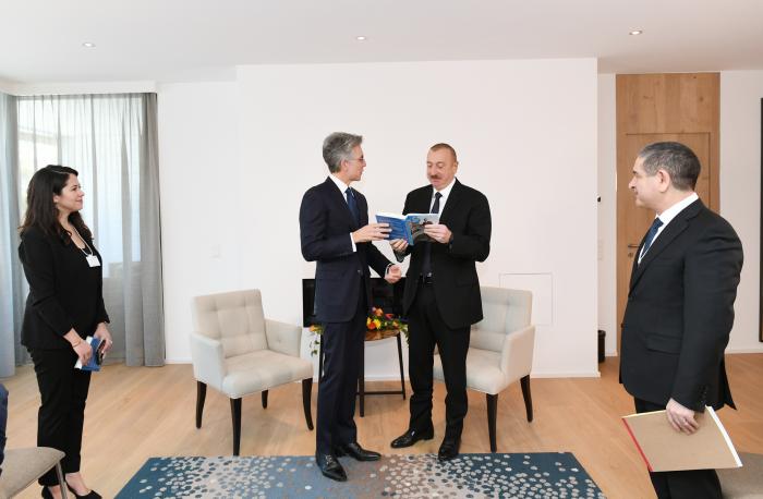 Treffen zwischen Präsident Ilham Aliyev und dem Vorstandsvorsitzenden der SAP SE in Davos