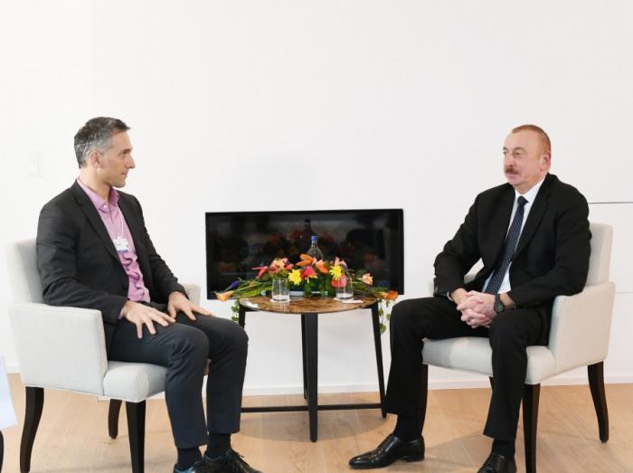 Prezidentin Davosda görüşləri davam edir - Yenilənib