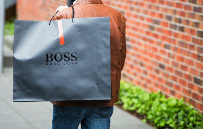 Starke Geschäfte zum Jahresabschluss reißen Hugo Boss raus