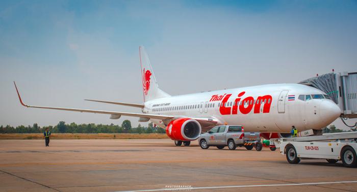 Familias de los fallecidos en accidente de Lion Air exigen a la compañía una indemnización