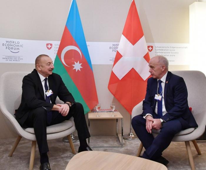 İlham Əliyev İsveçrə prezidenti ilə görüşdü - FOTO