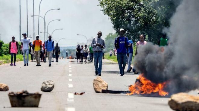 Zimbabwe troops accused of