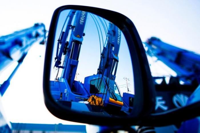 Umfrage - Japans Industrie stagniert - Exportaufträge gehen zurück