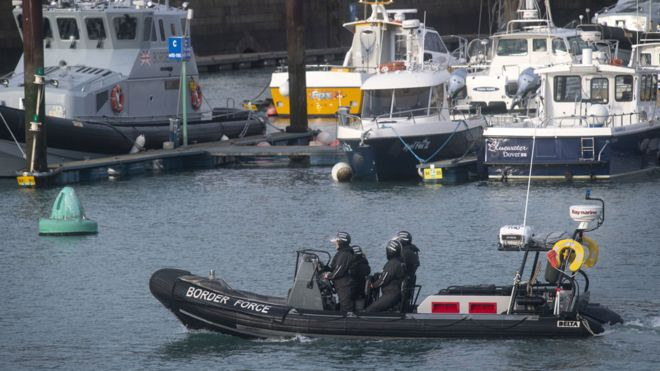 UK starts returning cross-Channel migrants to France