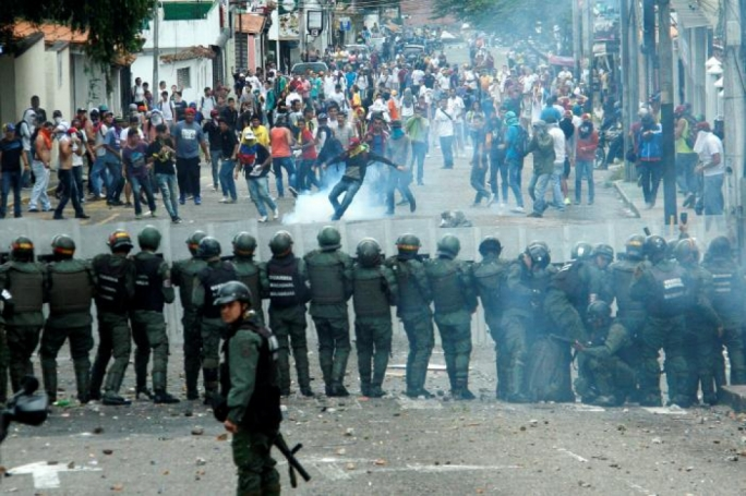 364 people detained in protests in Venezuela