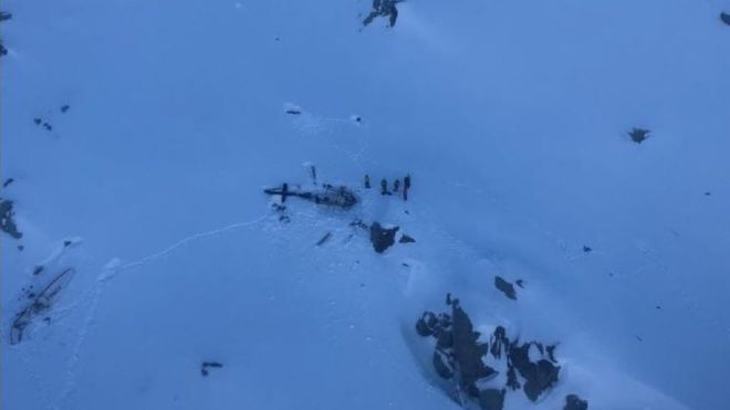 Five dead in air collision on France-Italy border
