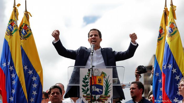 European Parliament recognizes Guiado as interim Venezuelan president