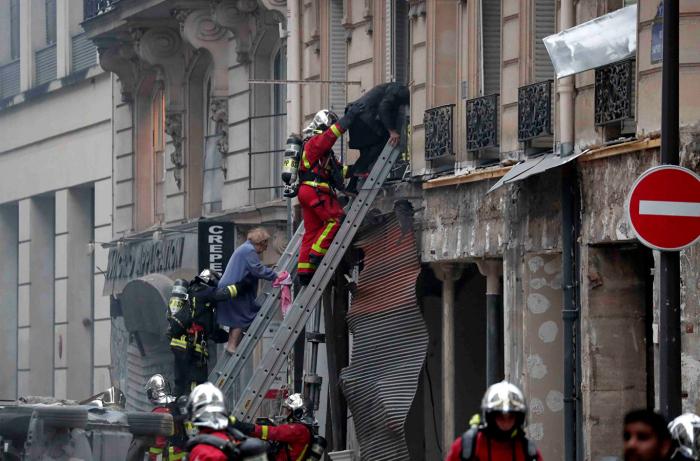 Parisdə güclü partlayış: 4 ölü, 47 yaralı - (Yenilənib)