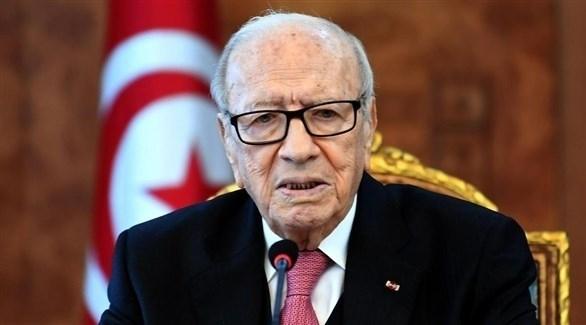 تونس: السبسي يهاجم النقابات ويحذر من خطورة الإضراب العام