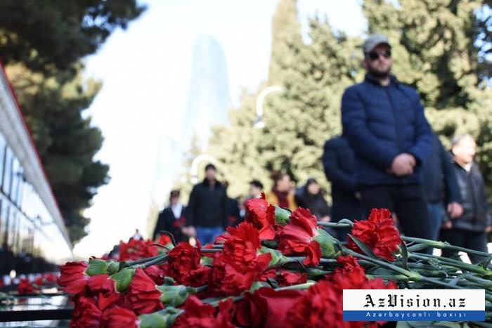 EN IMAGES.   Commémoration de la mémoire des victimes de la tragédie du 20 Janvier à Bakou