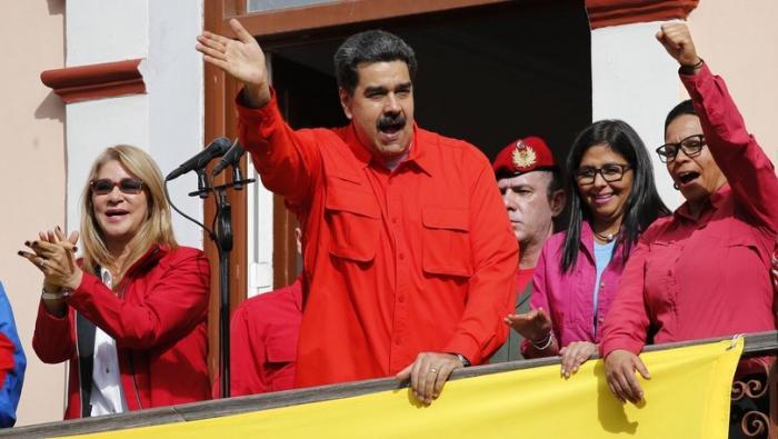 Maduro istefa verməyəcəyini bəyan etdi